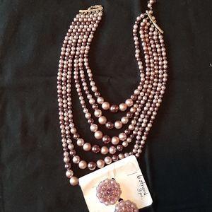 Vintage pearl like neclace